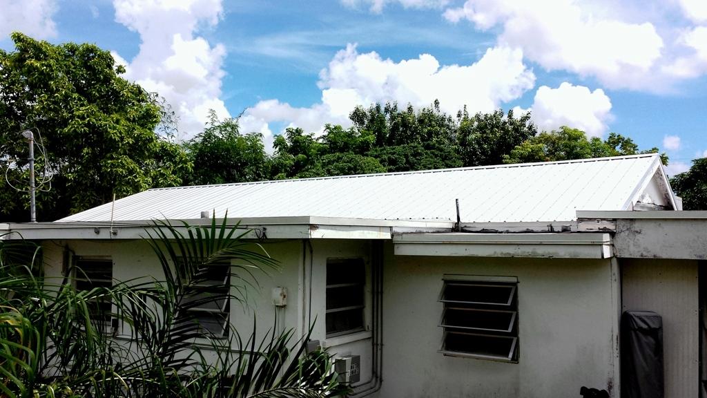 การปรับปรุงซ่อมแซม หลังคา และเพดาน
